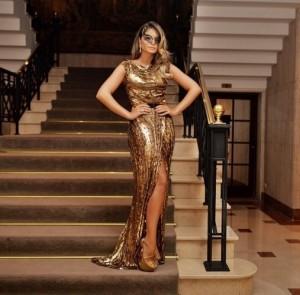 5fev2015---a-blogueira-thassia-naves-escolheu-um-look-todo-dourado-para-ir-ao-baile-da-vogue-o-vestido-e-do-estilista-libanes-elie-saab-es-joias-da-diamond-design-1423185800176_507x500