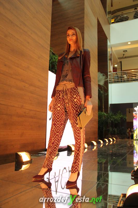 Fashion Show (383)