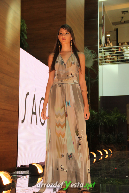 Fashion Show (410)