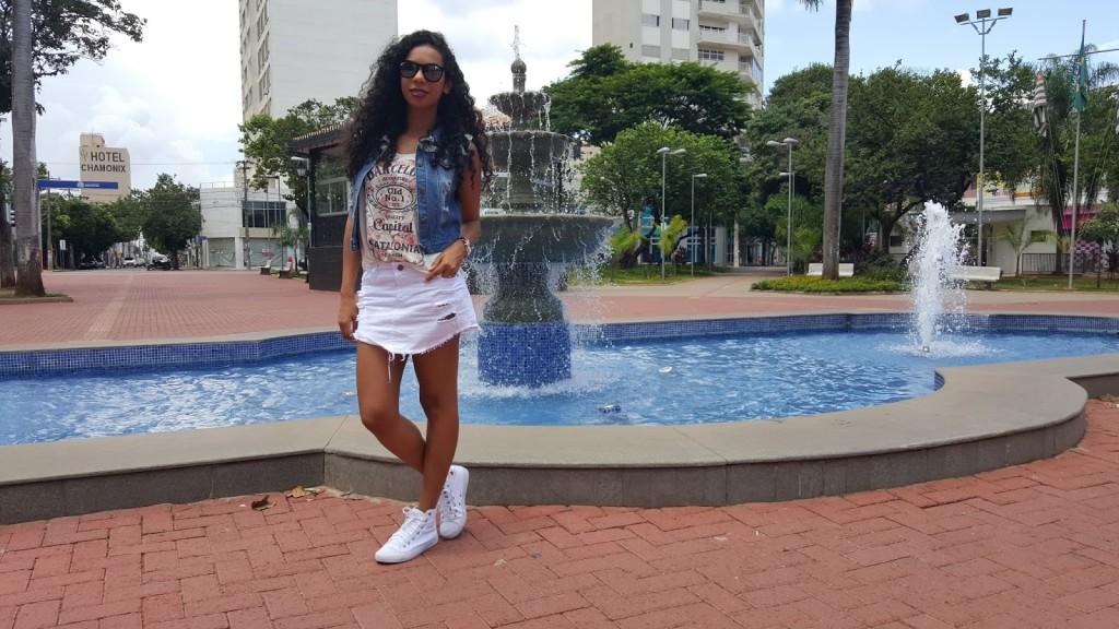 Look com Saia jeans